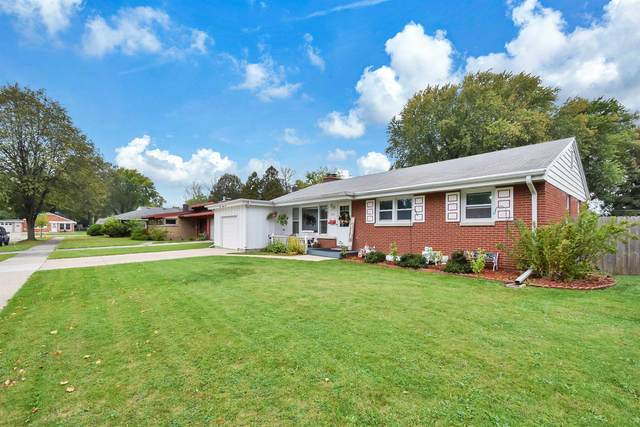 824 Gross Court, Green Bay, WI 54304 (#50249460) :: Ben Bartolazzi Real Estate Inc