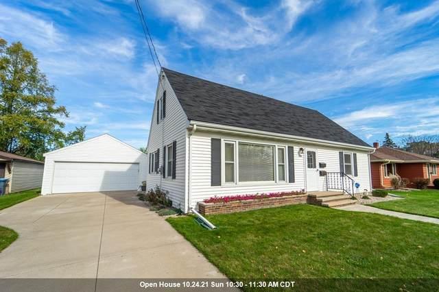 400 E 17TH Street, Kaukauna, WI 54130 (#50249862) :: Todd Wiese Homeselling System, Inc.