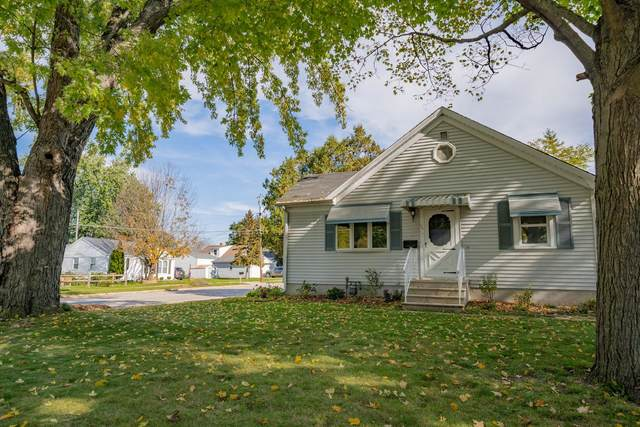 305 Lau Street, Green Bay, WI 54302 (#50249933) :: Dallaire Realty