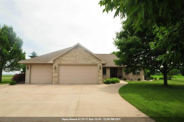 W1715 Emmett, Freedom, WI 54130 (#50166223) :: Dallaire Realty