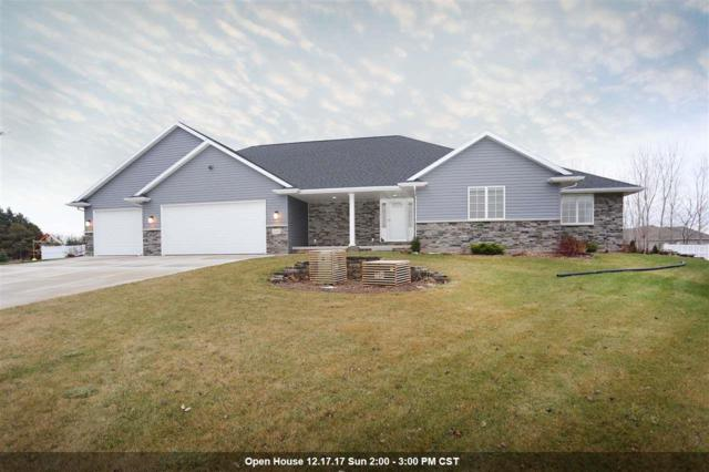 1100 W Starview Court, Appleton, WI 54913 (#50175345) :: Todd Wiese Homeselling System, Inc.