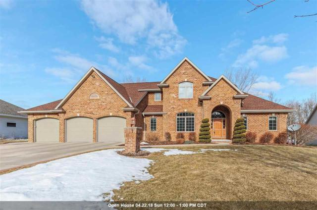 2960 Nikki Lee Court, Green Bay, WI 54313 (#50178278) :: Dallaire Realty