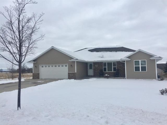 3184 Willow Road, Green Bay, WI 54311 (#50178872) :: Todd Wiese Homeselling System, Inc.