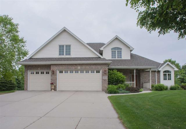 3563 Abbey Court, Green Bay, WI 54313 (#50180237) :: Symes Realty, LLC