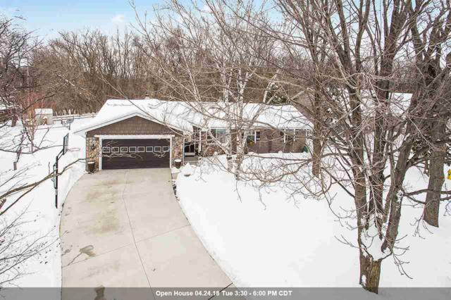 2961 Emmalane Drive, Green Bay, WI 54311 (#50181488) :: Dallaire Realty