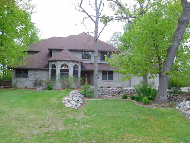 915 Terra Cotta Drive, Neenah, WI 54956 (#50182147) :: Symes Realty, LLC