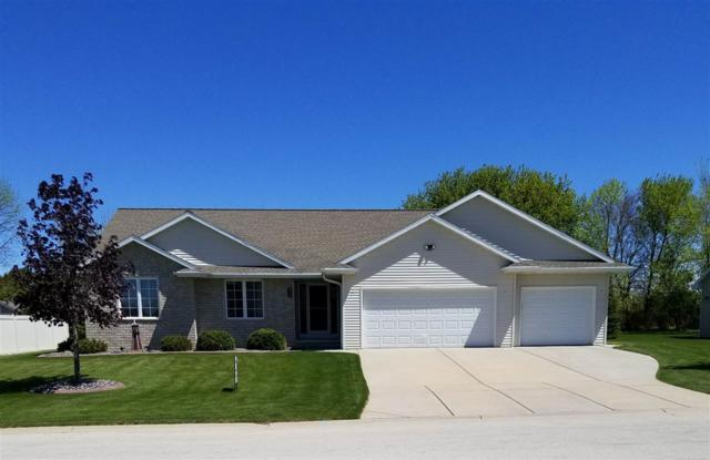3760 Shore Crest Trail, Green Bay, WI 54311 (#50182180) :: Symes Realty, LLC