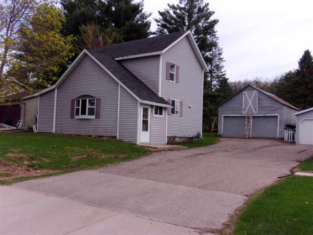 569 Clark Street, Manawa, WI 54949 (#50182996) :: Symes Realty, LLC