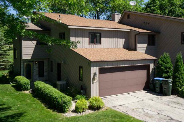 4835A Scotland Drive, New Franken, WI 54229 (#50184614) :: Todd Wiese Homeselling System, Inc.