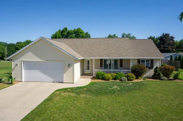 110 Hidden Ridges Circle, Combined Locks, WI 54113 (#50185334) :: Dallaire Realty
