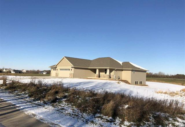 3988 Sandhill Drive, Pulaski, WI 54162 (#50186857) :: Symes Realty, LLC