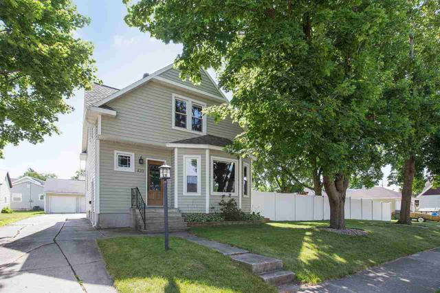420 Columbus Avenue, Brillion, WI 54110 (#50187307) :: Todd Wiese Homeselling System, Inc.