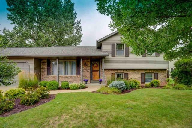 W2932 Springfield Drive, Appleton, WI 54915 (#50190114) :: Dallaire Realty