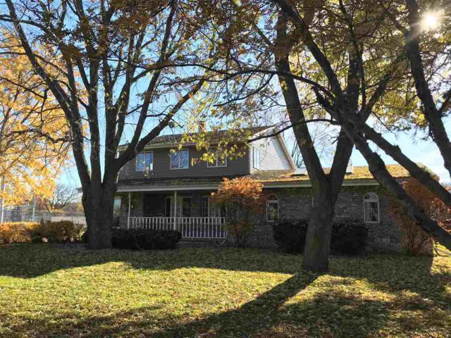 1414 Hwy Jj, Neenah, WI 54956 (#50191001) :: Todd Wiese Homeselling System, Inc.