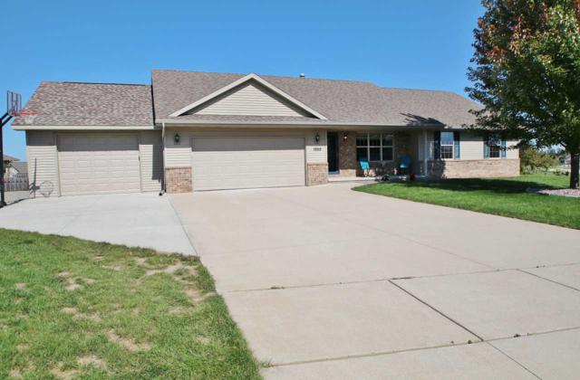 1950 Bonfire Way, De Pere, WI 54115 (#50191433) :: Symes Realty, LLC