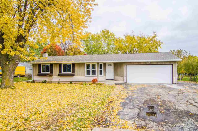 1433 Guns Street, Green Bay, WI 54311 (#50194032) :: Todd Wiese Homeselling System, Inc.