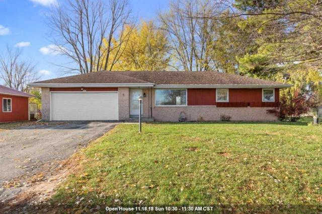 5481 E Reighmoor Road, Omro, WI 54963 (#50194130) :: Dallaire Realty