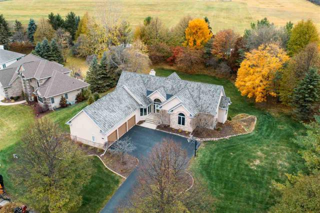 1071 Huntington Way, Suamico, WI 54173 (#50194151) :: Todd Wiese Homeselling System, Inc.