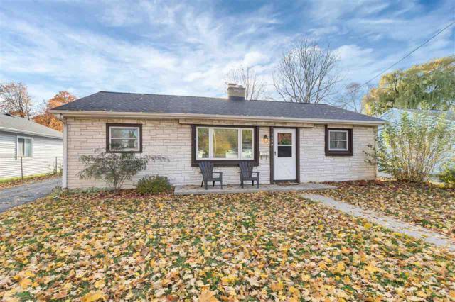 1447 S Oneida Street, Green Bay, WI 54304 (#50194157) :: Symes Realty, LLC