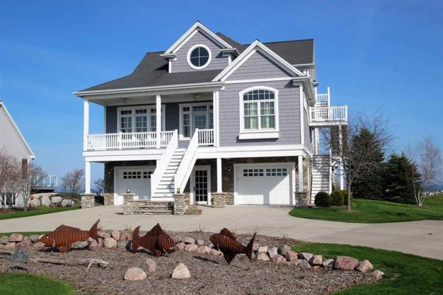 260 Hathaway Drive, Kewaunee, WI 54216 (#50194478) :: Dallaire Realty