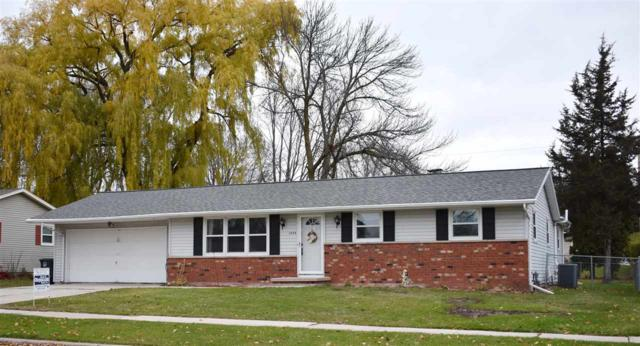 1404 Ponderosa Avenue, Green Bay, WI 54313 (#50194579) :: Todd Wiese Homeselling System, Inc.