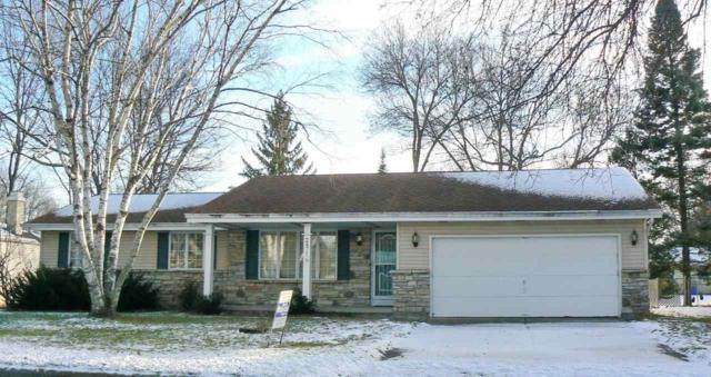 2471 Valiant Lane, Green Bay, WI 54304 (#50194955) :: Dallaire Realty
