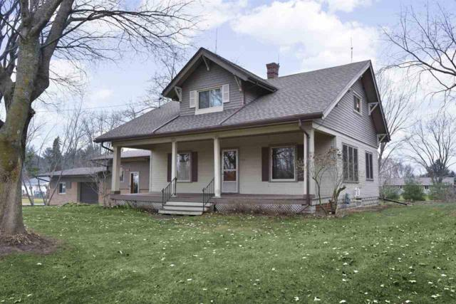 8435 Steeple Hill Drive, Larsen, WI 54947 (#50195151) :: Dallaire Realty
