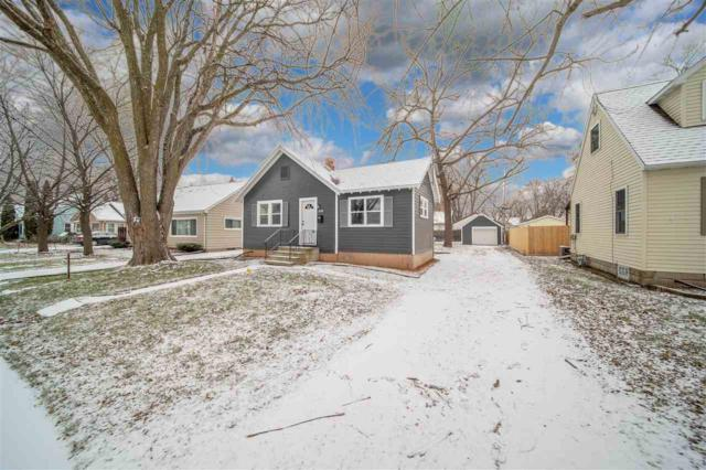 530 S Lake Street, Neenah, WI 54956 (#50195269) :: Todd Wiese Homeselling System, Inc.