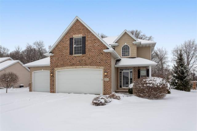 1594 Kingswood Drive, Neenah, WI 54956 (#50196259) :: Todd Wiese Homeselling System, Inc.