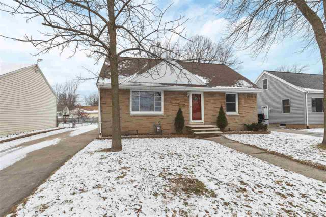 1724 10TH Avenue, Green Bay, WI 54304 (#50196279) :: Symes Realty, LLC