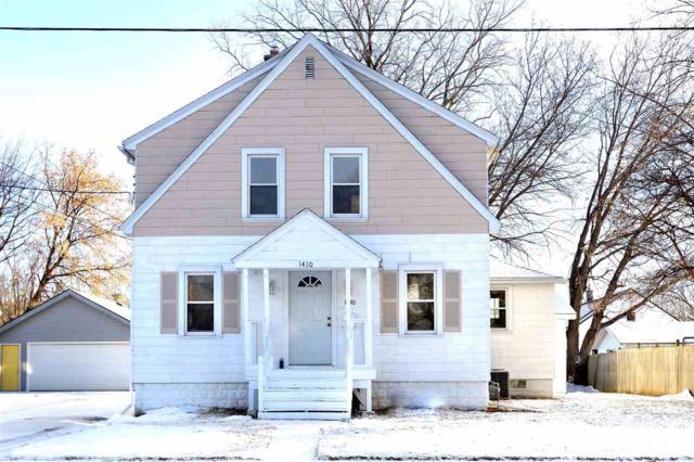1430 N Graceland Avenue, Appleton, WI 54911 (#50196844) :: Todd Wiese Homeselling System, Inc.