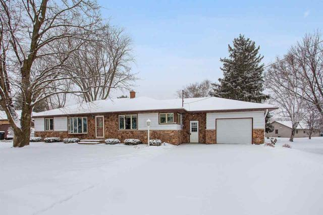 525 Fairway Drive, Brillion, WI 54110 (#50197006) :: Symes Realty, LLC