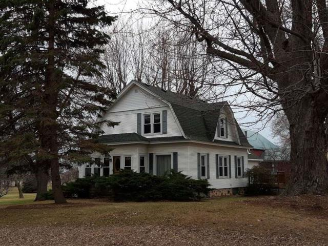 8331 Hwy M, Larsen, WI 54947 (#50197521) :: Dallaire Realty