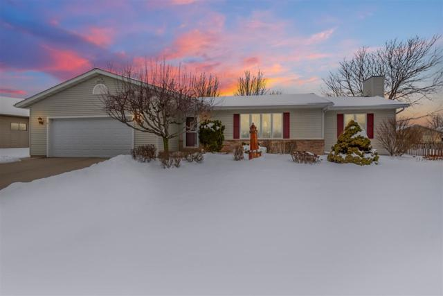 1002 Carriage Lane, Fond Du Lac, WI 54935 (#50197896) :: Todd Wiese Homeselling System, Inc.