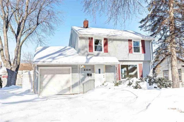 2326 Woodrow Way, Green Bay, WI 54301 (#50198313) :: Todd Wiese Homeselling System, Inc.