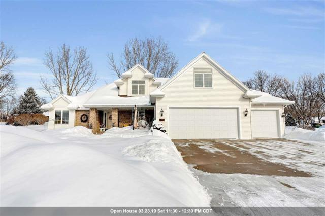 1121 Tara Marie Court, Green Bay, WI 54313 (#50198360) :: Todd Wiese Homeselling System, Inc.