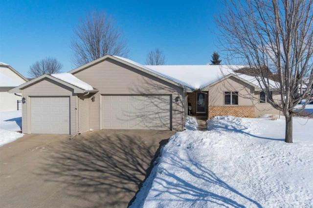 111 Green Way Drive, Combined Locks, WI 54113 (#50198465) :: Dallaire Realty