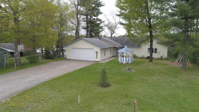 W8091 Long Lake Drive, Clintonville, WI 54929 (#50199078) :: Dallaire Realty