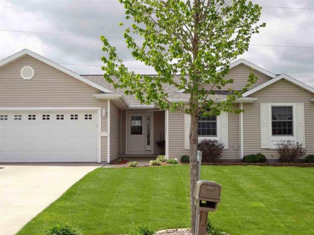 N1984 Swanee Circle, Greenville, WI 54942 (#50200038) :: Dallaire Realty