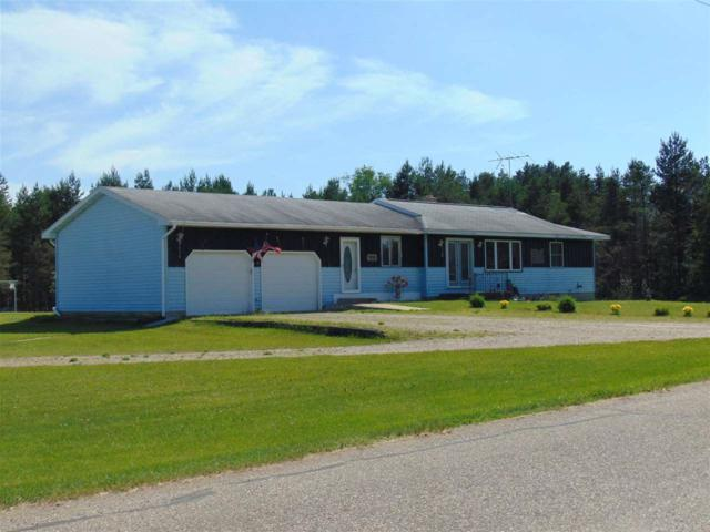 W8821 Townline Road, Crivitz, WI 54114 (#50201607) :: Dallaire Realty