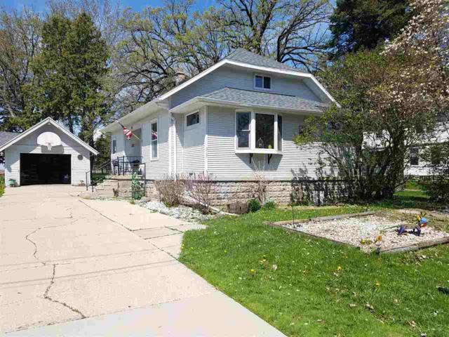 317 N Main Street, Rosendale, WI 54974 (#50201635) :: Dallaire Realty