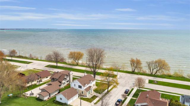 806 Summit Street, Manitowoc, WI 54220 (#50202792) :: Dallaire Realty