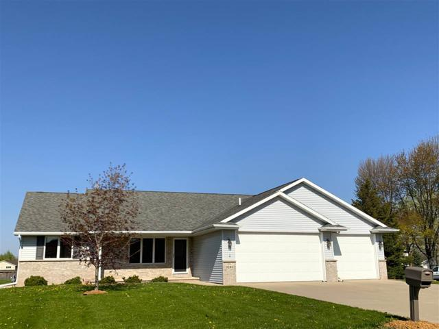 3281 N Outagamie Street, Appleton, WI 54914 (#50202833) :: Dallaire Realty