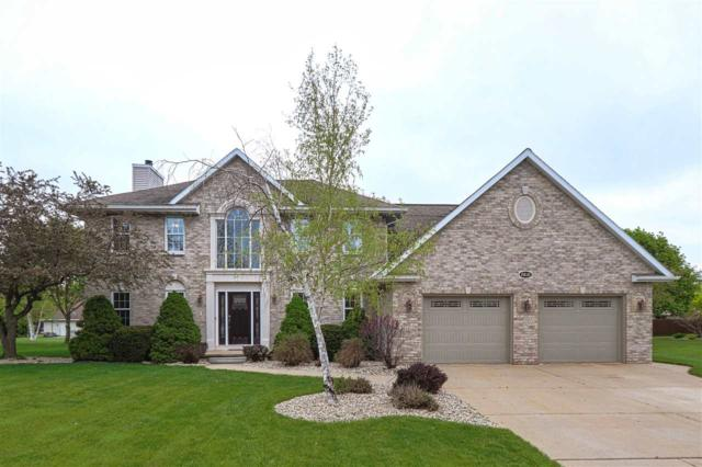 2835 Newcastle Avenue, Green Bay, WI 54313 (#50203759) :: Todd Wiese Homeselling System, Inc.