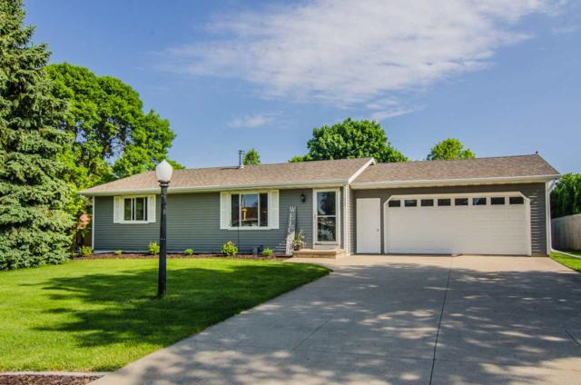 315 Janet Court, Wrightstown, WI 54180 (#50204380) :: Dallaire Realty