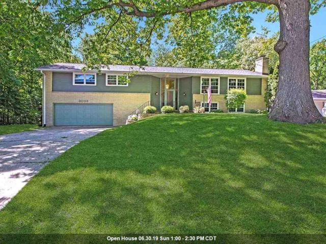 3038 Bay View Drive, Green Bay, WI 54311 (#50204624) :: Todd Wiese Homeselling System, Inc.