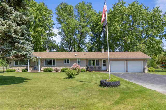 N3650 Hwy A, Black Creek, WI 54106 (#50205126) :: Todd Wiese Homeselling System, Inc.