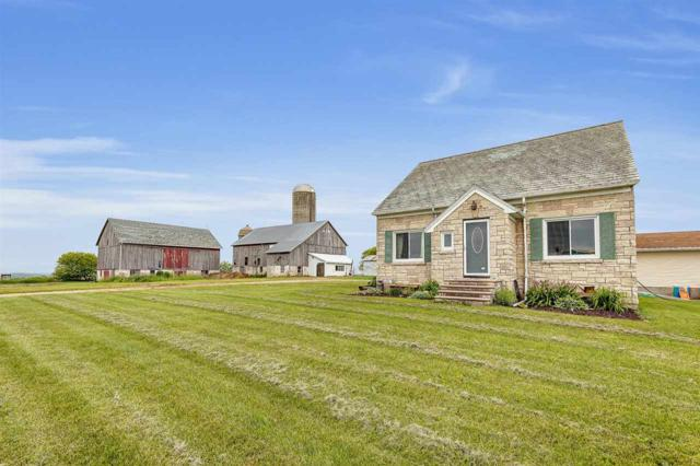 6107 Park Road, Denmark, WI 54208 (#50205282) :: Dallaire Realty