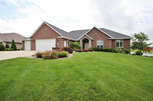2836 Creekwood Circle, Green Bay, WI 54311 (#50206166) :: Symes Realty, LLC