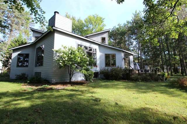 N2299 Country Lane, Waupaca, WI 54981 (#50211126) :: Todd Wiese Homeselling System, Inc.